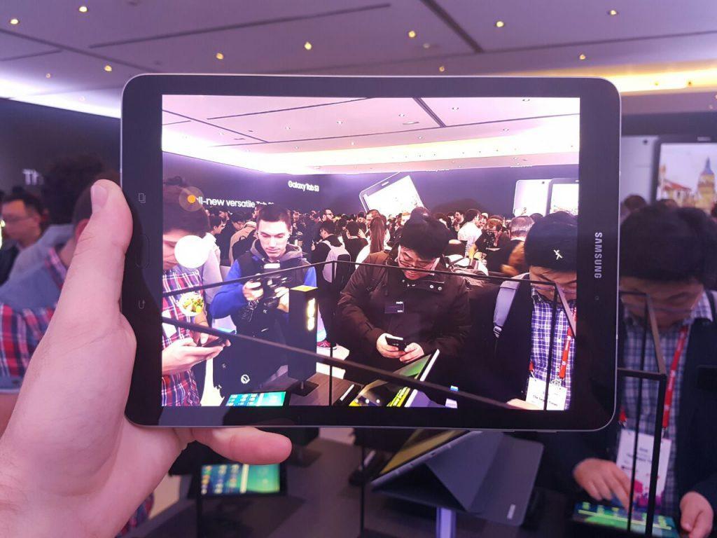 Samsung apuesta con la Galaxy Tab S3 y el Galaxy Book galaxy tab s3
