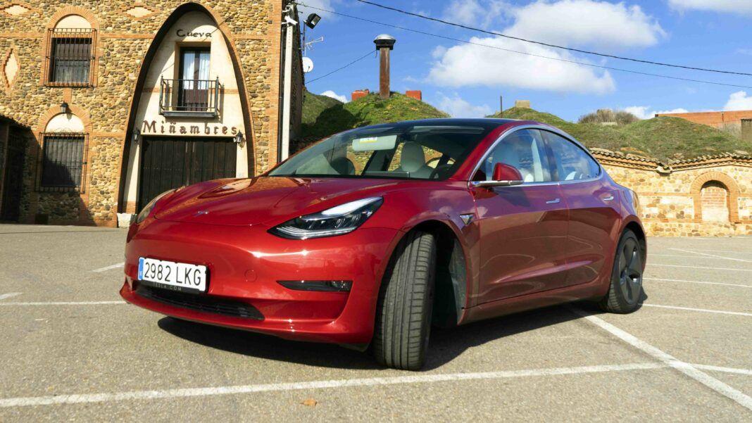 Tesla-Model-3-Review
